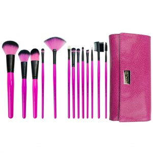 Set 13 pensule make-up PINK ESSENTIALS® Brush Roll - BPBE SET13S 3fdcb455 b2cf 43c6 a6ce 3f013bc894ae 1024x1024 300x300